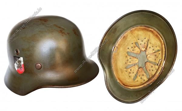 """Wehrmacht Doppelabzeichen Stahlhelm M40 """"Q64"""""""