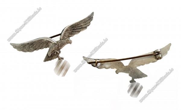 Luftwaffe Metall Brustadler 1.Modell