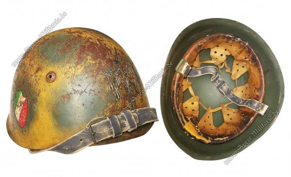 """Italien WWII Doppelabzeichen Tarn/Stahlhelm M33 """"RSI"""""""