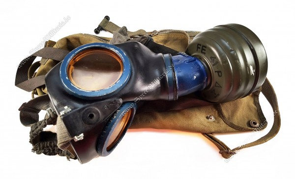 Luftwaffe/LW DAK/Tropical Paratrooper(FJ) Gasmask + Carry Bag