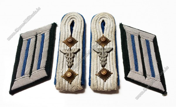 Wehrmacht Insignia Set for Paramedic Officer